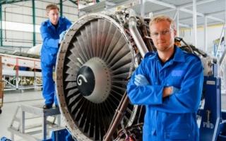 Лайфхак: кто такой авиационный инженер, зарплата, обязанности